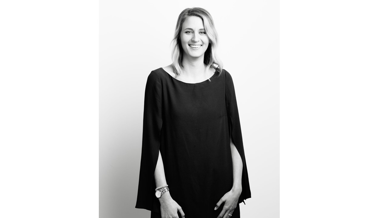 Borrow for your bump maternity clothes la rent the runway krystal stubbendeck is the owner and founder of borrow for your bump she has been married to her high school sweetheart for many many years and they have ombrellifo Gallery